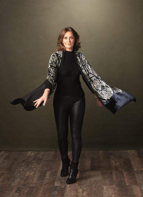 Silk Velvet Wrap - Versailles Model