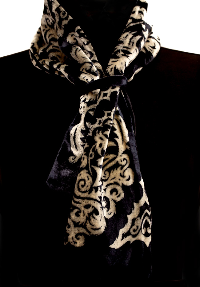 Silk Velvet Neck Scarf - Black & Ecru